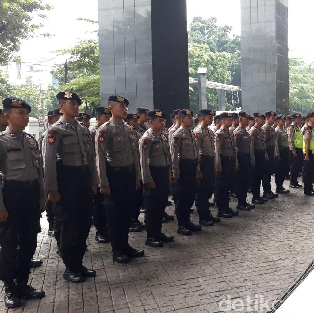 Pengamanan di Sidang Novanto, Ada Polisi yang Telat