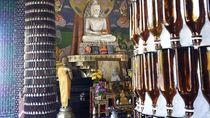 Foto: Vihara dari Jutaan Botol Bir di Thailand