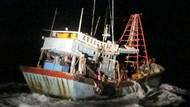 Bakamla Tangkap 2 Kapal Pencuri Ikan Berbendera Vietnam di Natuna