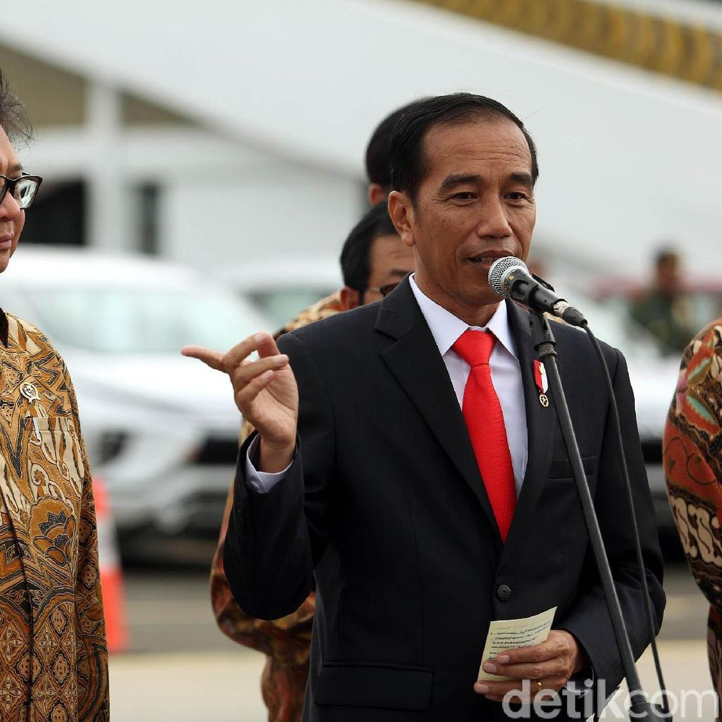 Jokowi Puji Prajurit TNI-Polri Wanita