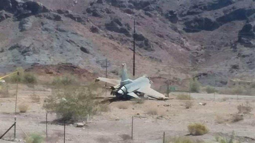 Jet Tempur F-16 AS Jatuh Saat Latihan, Pilot Selamat