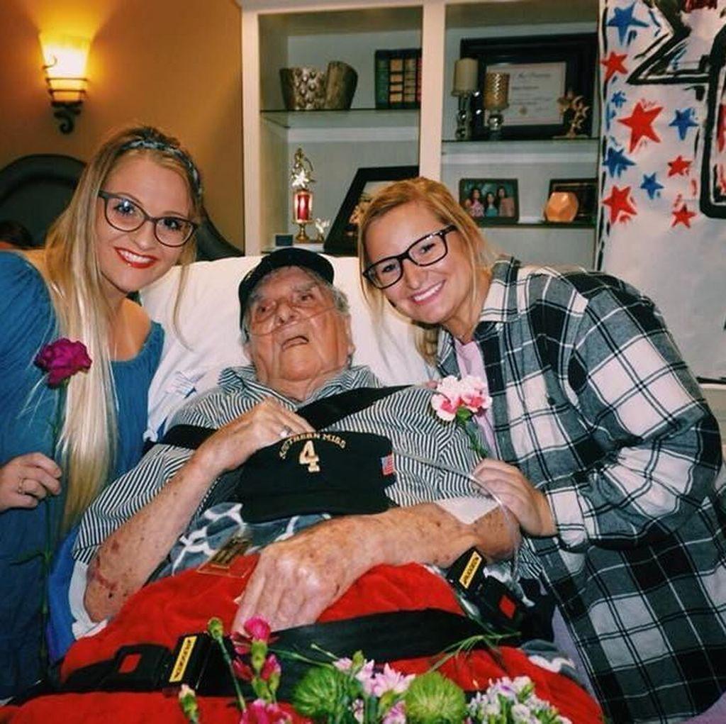 Permintaan Terakhir Veteran PD II: Menari dengan Wanita Cantik