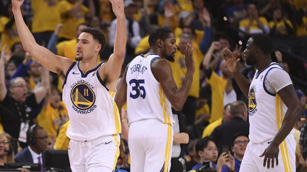 Warriors dan Sixers Melaju ke Semifinal