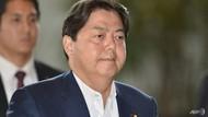 Ke Studio Yoga Pakai Mobil Dinas, Menteri Jepang Minta Maaf