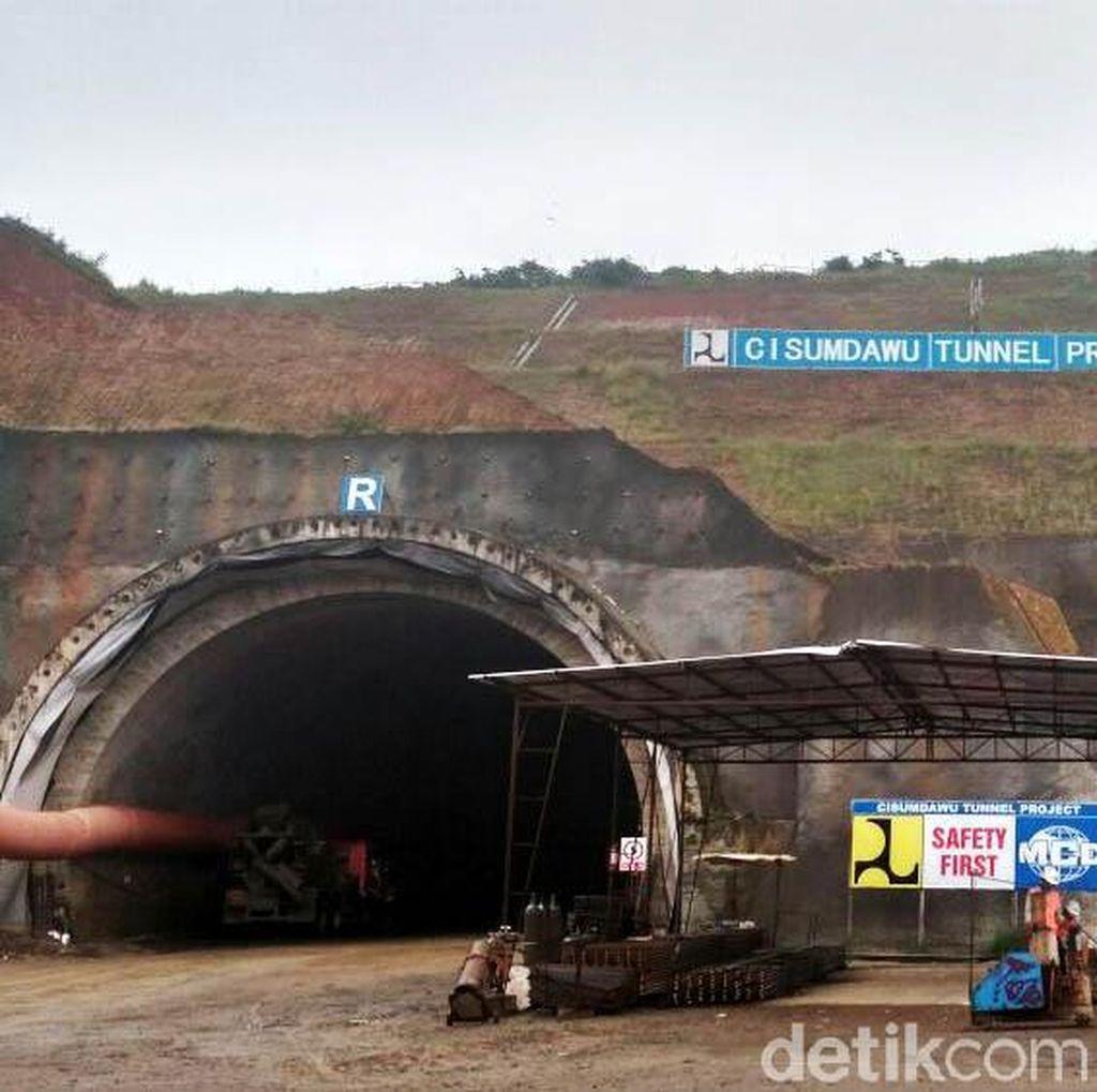 70 Tenaga Kerja China Ikut Bangun Terowongan Tol Cisumdawu