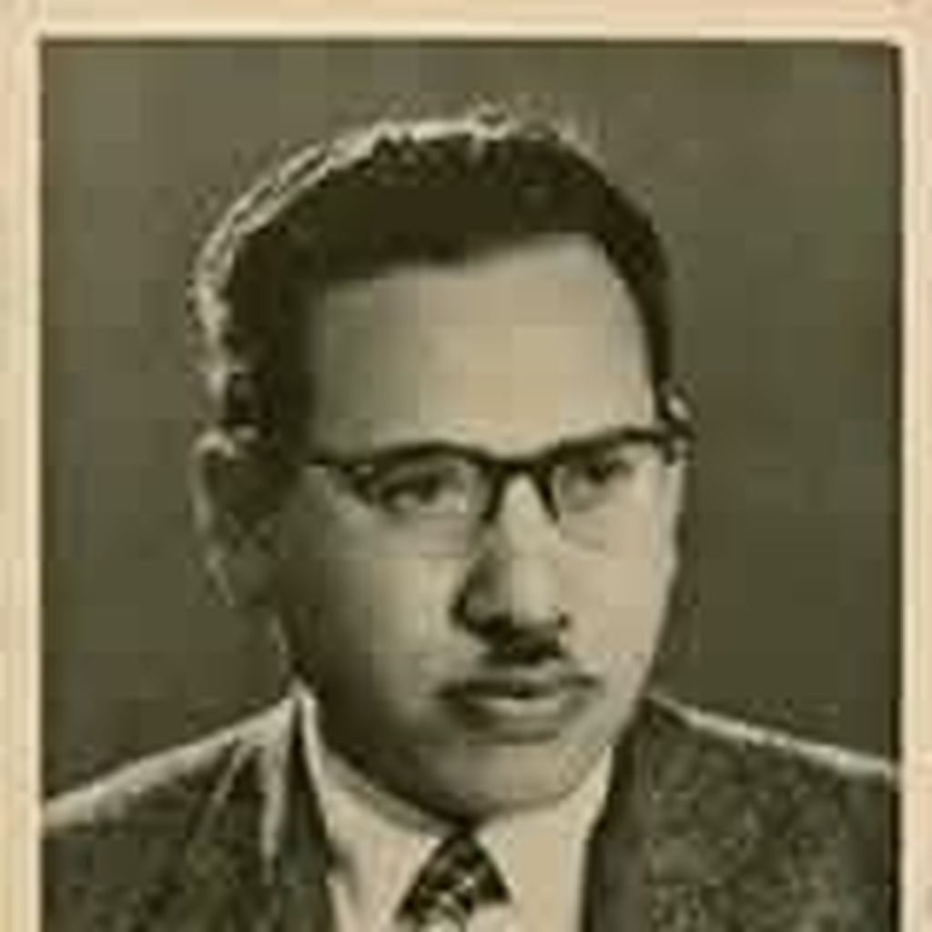 Ali Baktsir, Penyair Mesir Asal Surabaya