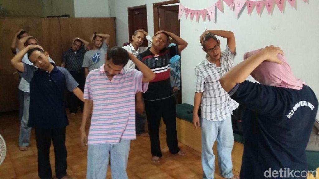 Ini Cara Dinsos Pulihkan Warga Jakarta yang Alami Gangguan Jiwa