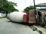 Rem Blong, Truk Molen Terguling di Tanjung Barat Arah Pasar Minggu
