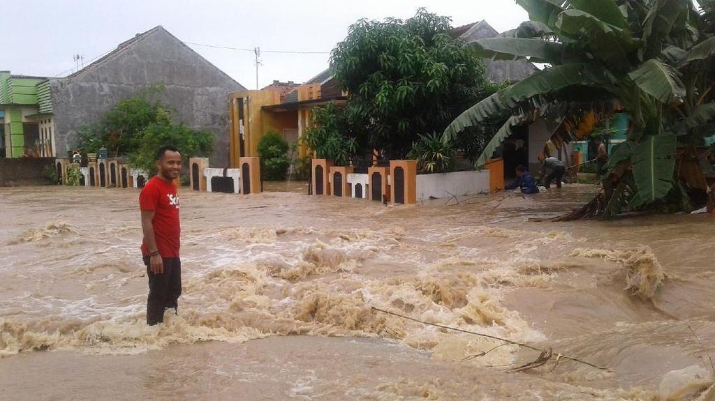 Banjir Cilegon Sebabkan Bocah SD Hilang Terseret Arus