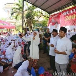 Khofifah dan Emil Istigasah Bersama Ribuan Warga Bangkalan