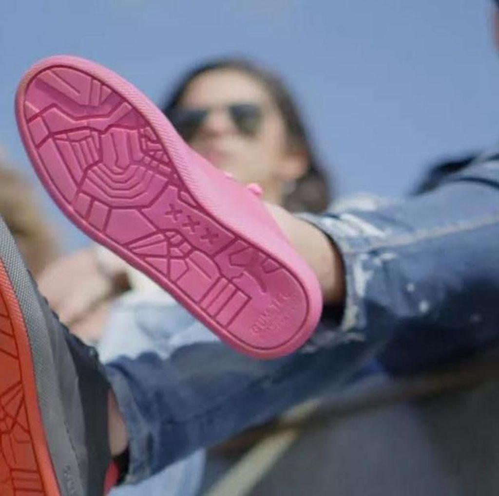 Siapa Sangka Sneakers Ini Terbuat dari Permen Karet Bekas, Loh!
