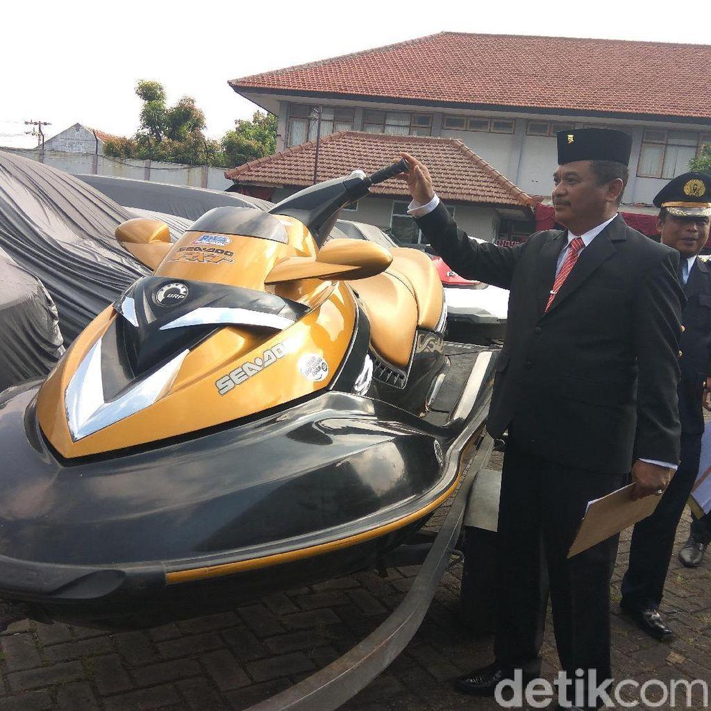 Jet Ski dan Mobil Mewah Milik Bupati Mojokerto Dititikan ke Rupbasan