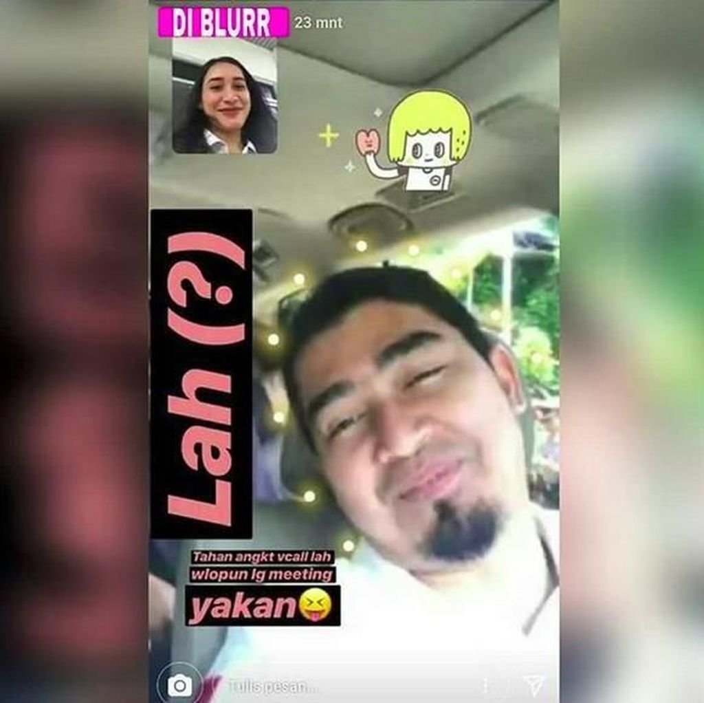 Video Call Cewek Lain, Ustad Solmed: Dia Pengurus Partai