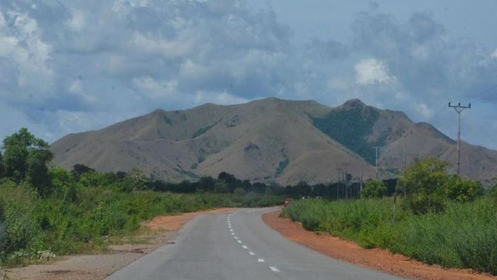 Jalan di Pulau Moa (Foto: Dok Kementerian PUPR)