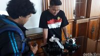 Mahasiswa Unikom Gondol 7 Medali Kompetisi Robot di Amerika
