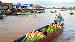 Merasakan Transaksi Jual Beli di Pasar Terapung Lok Baintan