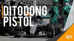 Kru Mercedes Kerampokan, Lewis Hamilton Kesal