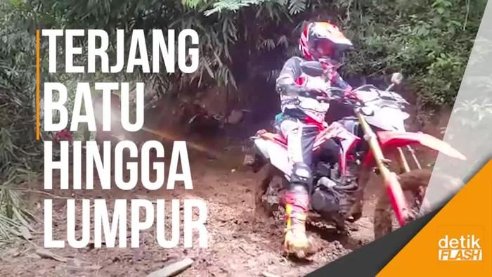 Uji Motor Trail Honda CRF150L Taklukkan Medan Ekstrem