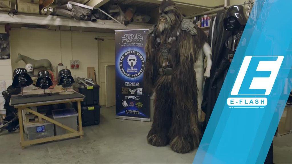 Pria Ini Pecahkan Rekor Bikin Kostum Star Wars Tertinggi di Dunia