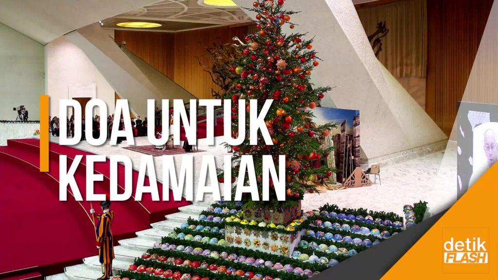 Melihat Khusyuknya Misa Natal di Berbagai Negara