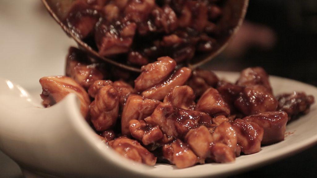 Belajar Bikin Beijing Roasted Duck Bareng Chef Yuan Chaoying