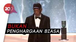 Morgan Freeman Raih Lifetime Achievement di SAG Awards 2018