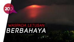 Gunung Mayon Keluarkan Lava, Warga Dipaksa Mengungsi