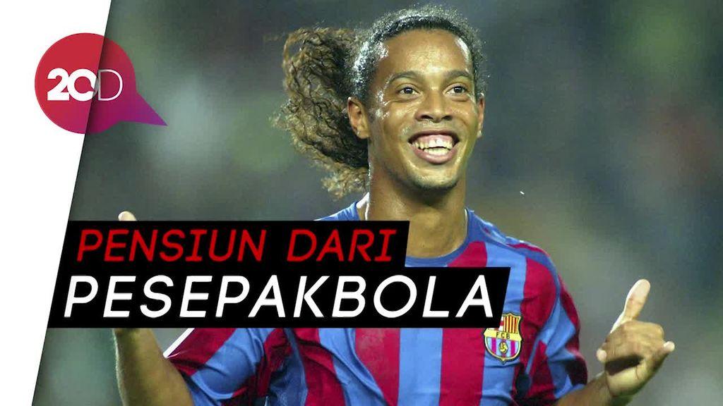 Ronaldinho Resmi Gantung Sepatu