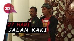 Jalan Kaki dari Ponorogo, Duo Aktivis Antikorupsi Ini Temui Anies