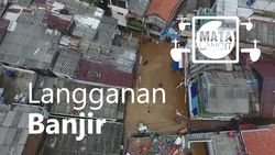 Potret Lensa Drone: Padatnya Rumah di Kebon Pala yang Dikepung Banjir