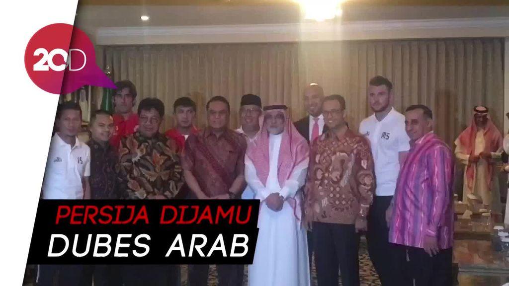 Dubes Saudi Rayakan Kemenangan Persija Bersama Gubernur DKI