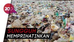 Melihat Lagi Lautan Sampah di Teluk Jakarta