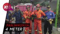 Ini Penampakan Ular Sanca yang Meliuk-liuk di RM Padang