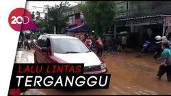 Banjir Hilang, Lumpur pun Datang di Cicaheum