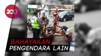 Vespa Unik Berbentuk Pohon, Keren Sih, Tapi Ditilang Polisi