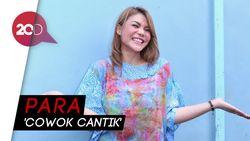 Paranormal Ini Ungkap Lucinta Luna-DJ Butterfly Cowok Cantik