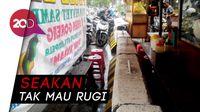 Saat Pembatas Jalan Jadi Meja Makan PKL