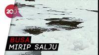 Ada Salju Selimuti Pintu Air BKT Marunda Jakarta Utara