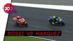 Kocak! Beredar Meme-meme Lucu Rossi vs Marquez