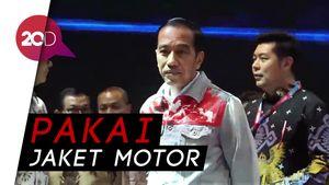Penampilan Jokowi ala Dilan di Pembukaan IIMS 2018