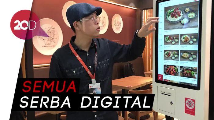 Kerennya Aplikasi Buatan Alibaba di Restoran Bacang Ini