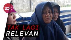 Dua ABG Ini Nangis karena Menolak Ditilang Polisi