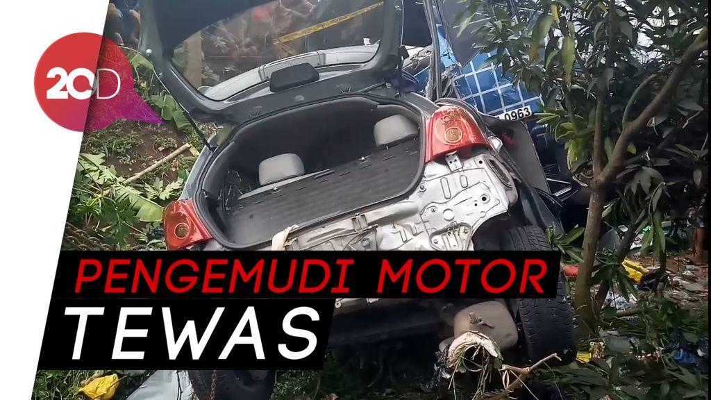 Bus Tabrak Motor dan Mobil di Bandung Barat