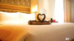 Bermalam di Hotel dengan Sejuta Ornamen Anggrek