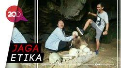 Aksi Wisatawan Lecehkan Makam Toraja Jadi Viral