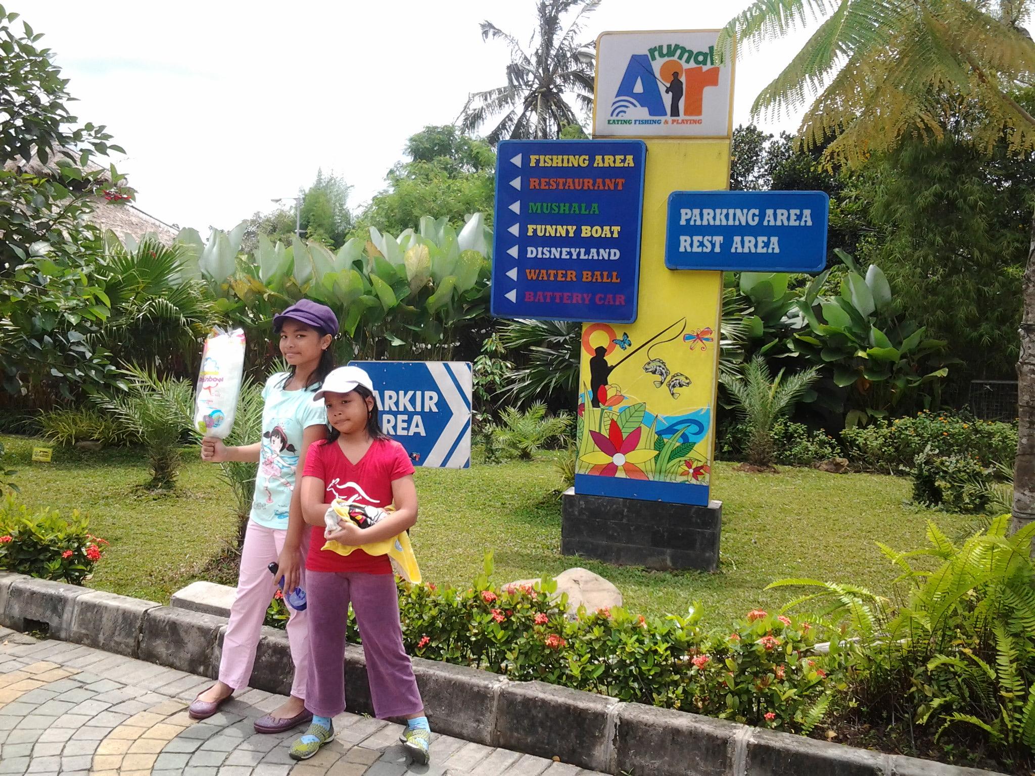 Makan Asyik Dan Outbond Seru Di Rumah Air Bogor