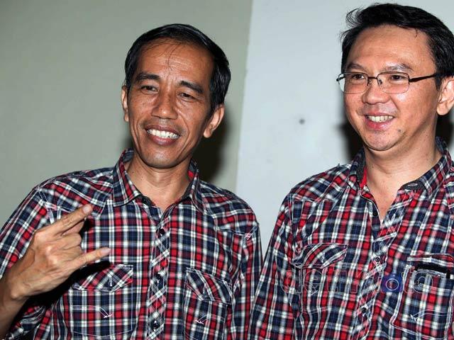 Gaet Pemilih Kemeja KotakKotak ala JokowiAhok Mulai Dijual