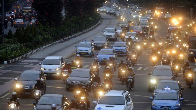 Larangan Motor di Jalan Sudirman Dinilai Diskriminatif