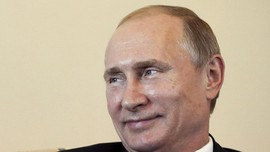 Putin Terbahak Dengar Menteri Usul Ekspor Babi ke Indonesia