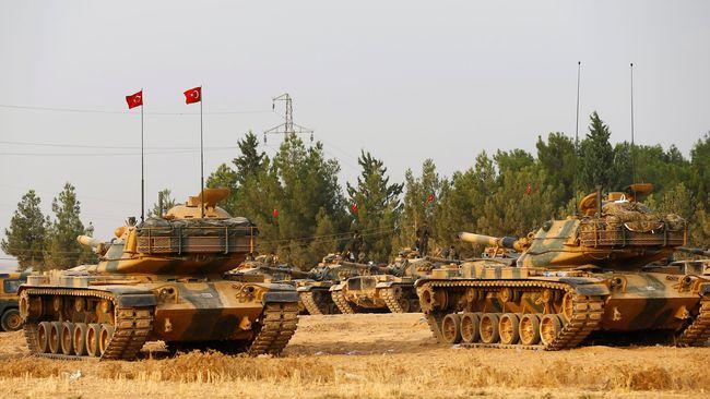 Konvoi Pertama Operasi Militer Turki Masuki Idlib Suriah